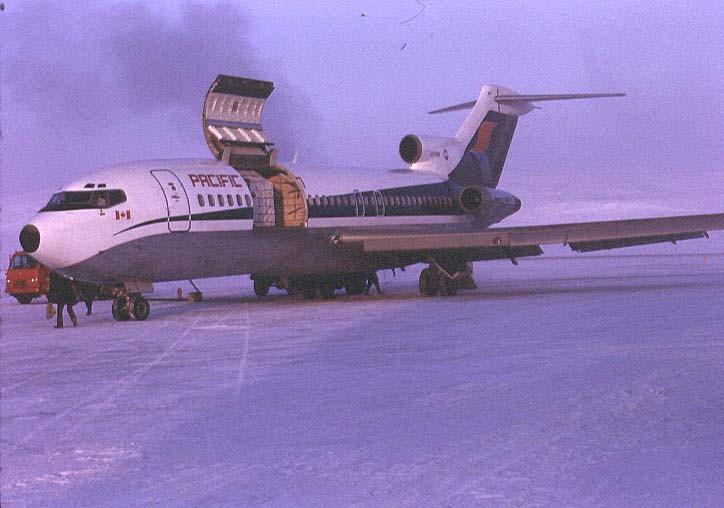 http://www.pwareunion.com/images/Aircraft/B727-YRB.jpg